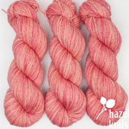 Bloom Lively DK - has a marked KNOT (reduced price!)