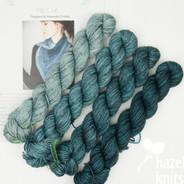 Rip Curl Shawlette kit - yarn + pattern