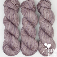 Haze Lively DK - has a marked KNOT (reduced price!)