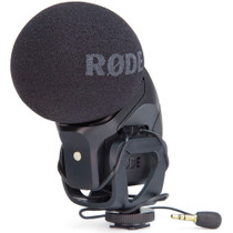 RODE Stereo VideoMic Pro On-camera Microphone right front angle