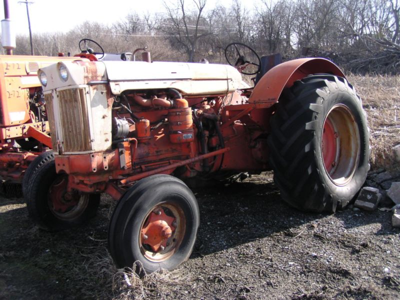 800 Case Tractor