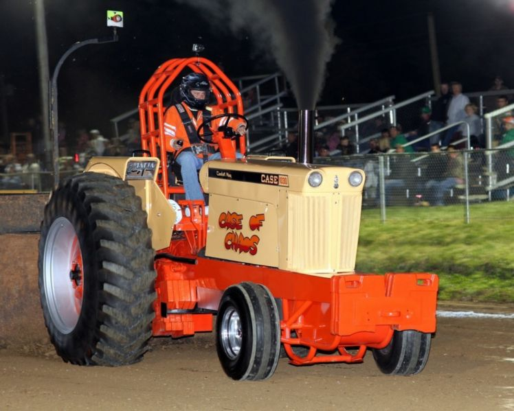 1030 Case Pulling Tractor