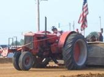CC Case Pulling Tractor