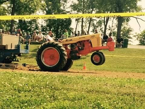 700 Case Pulling Tractor