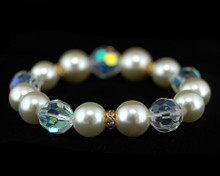 Ivory Cream Pearls with Clear Crystal Stretch Bracelet with Rhin