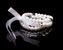 Three strands of Lustrous Whte Pearls Bracelet
