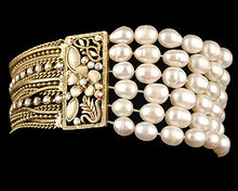 Champagne Pearl Stretch Bracelet with Gold Accent and Strands