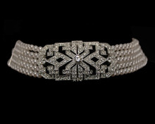 Elegant Art Deco Vintage Choker in Off-White Pearl (Necklace)