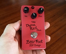 BearFoot FX Dyna Red Distortion 3 knob guitar pedal