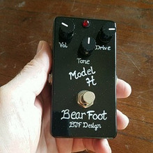 BearFoot FX Model H Guitar Overdrive