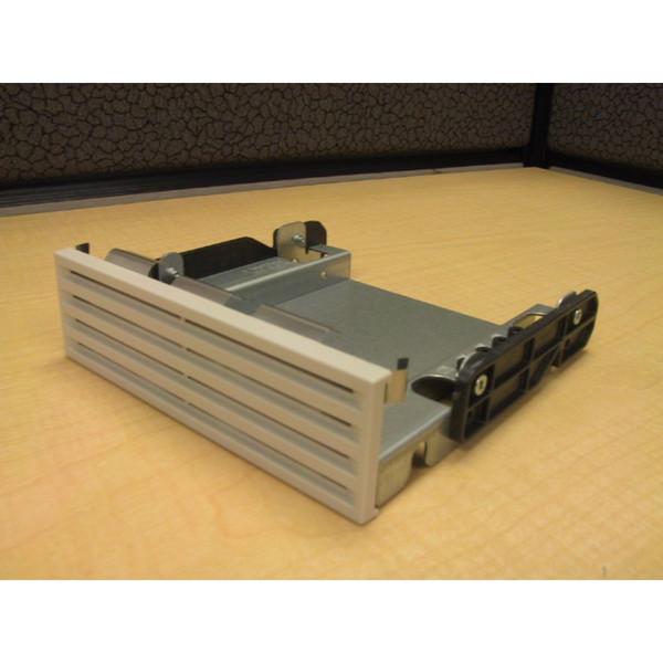 HP Compaq 157318-001 NL370 Drive Bay Blank