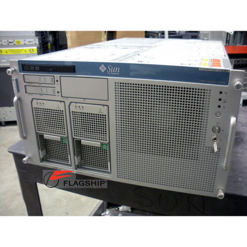 Sun SEEP M4000 Base Server 0x0 with DVD, 1x I/O Assm