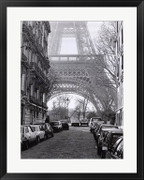 Street View of La Tour Eiffel - Clay Davidson