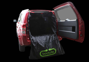 Bootute fitted to a Suzuki Vitara with side opening door.