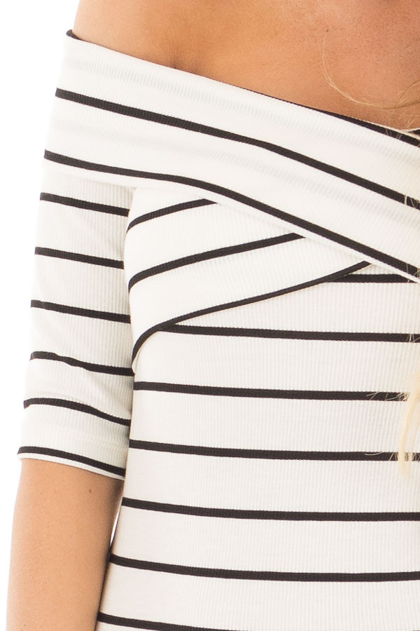 Ivory 3/4 Sleeve Striped Criss Cross Fold Over Top detail