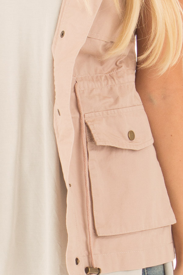 Blush Sleeveless Zip Up Vest with Pockets detail