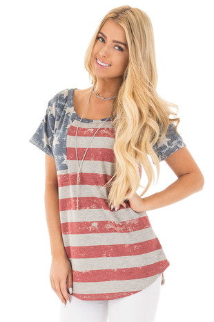 Heather Grey Rustic American Flag Tee front close up