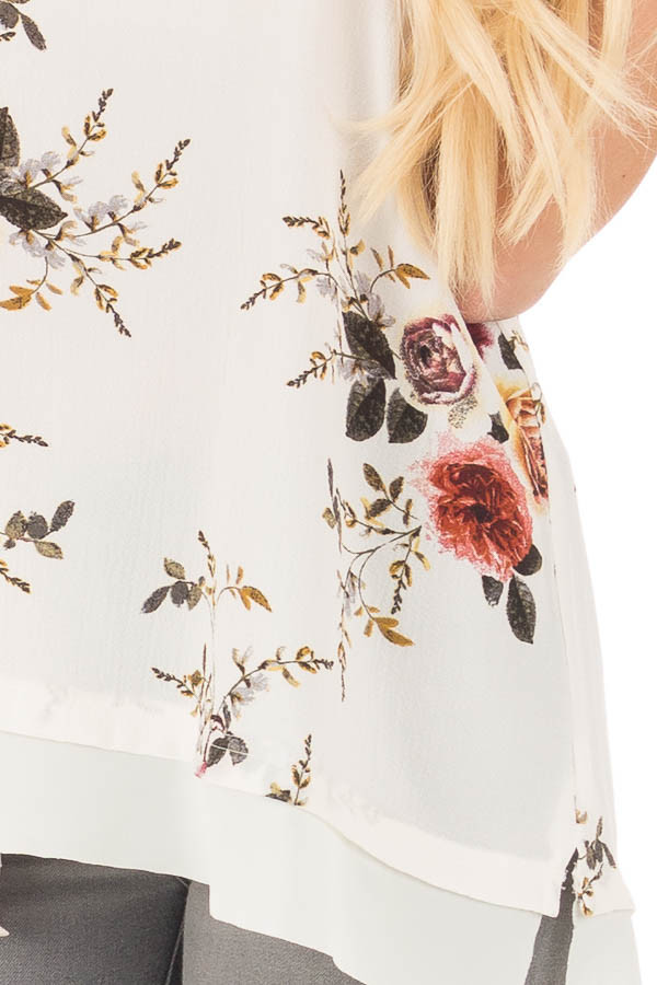Off White Floral Short Sleeve Top with Chiffon Back Detail detail
