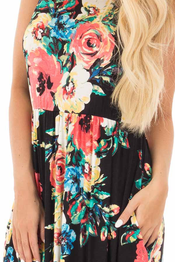 Black Watercolor Floral Print Maxi Dress with Side Pockets detail