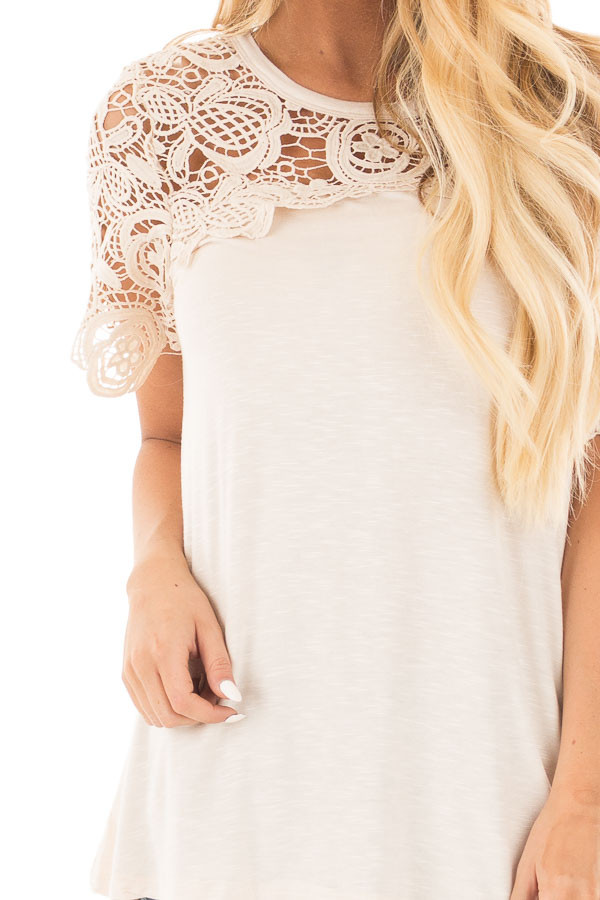 Cream Short Sleeve Floral Lace Yoke Top detail