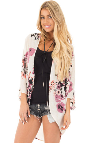 Silver Floral Print Kimono with Rounded Hem front close up