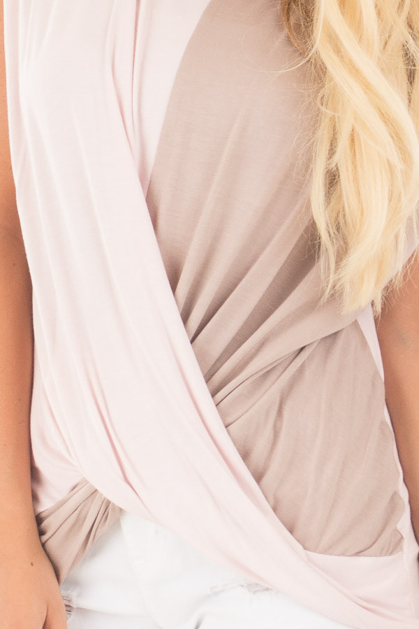 Blush and Coco Twisted Color Block Top detail