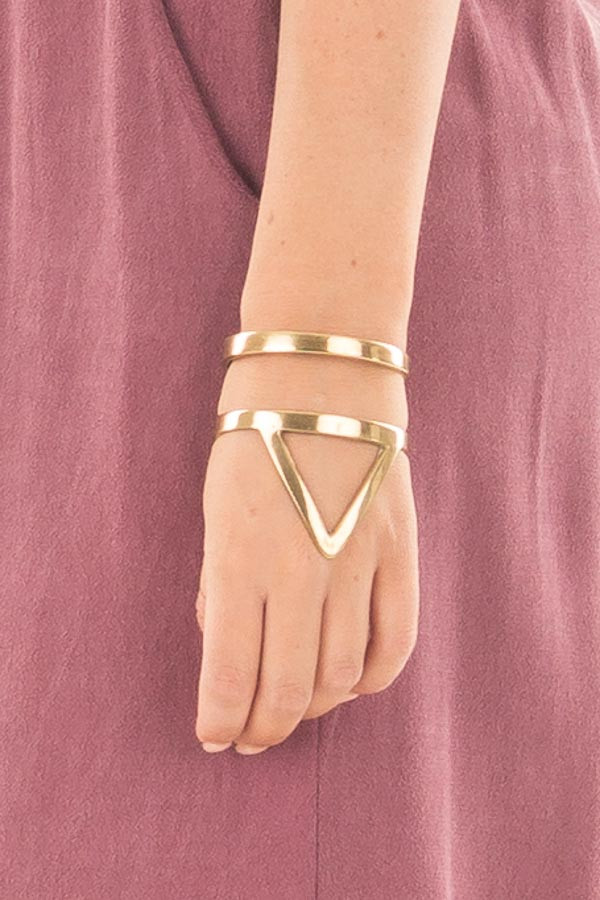 Gold Triangle Tribeca Bracelet close