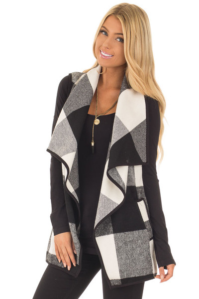 Black and White Plaid Waterfall Vest with Pockets front close up