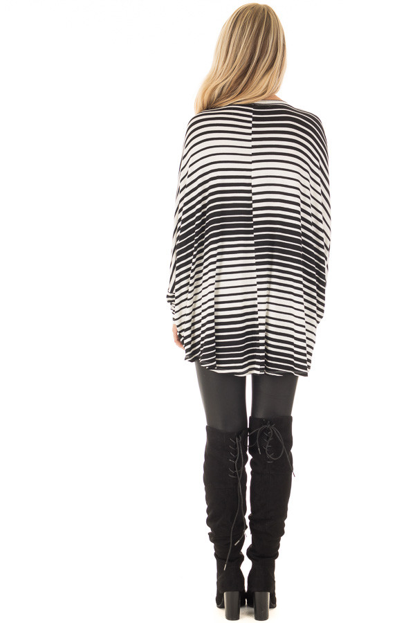 Black and White Variegated Striped Oversized Dolman Top back full body
