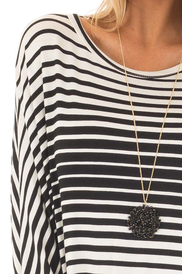 Black and White Variegated Striped Oversized Dolman Top detail