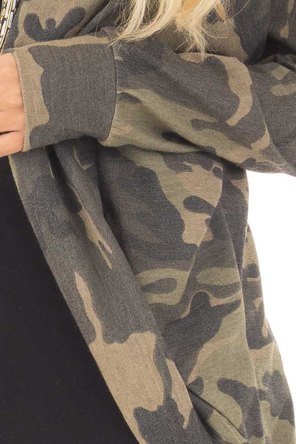 Camo Print Cardigan with Long Sleeves detail