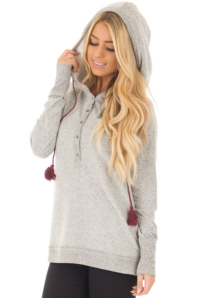 Heather Grey Soft Hoodie with Faux Fur Hood and Wine Details front close up