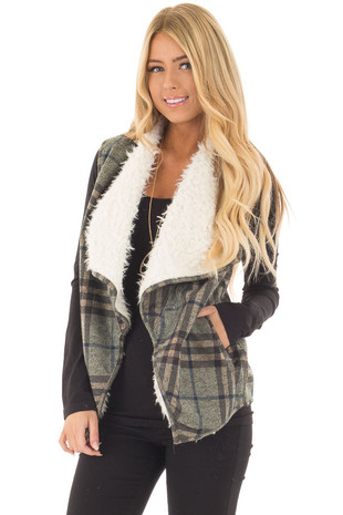Blue Mix Open Drape Vest with Faux Fur Lining and Pockets front close up