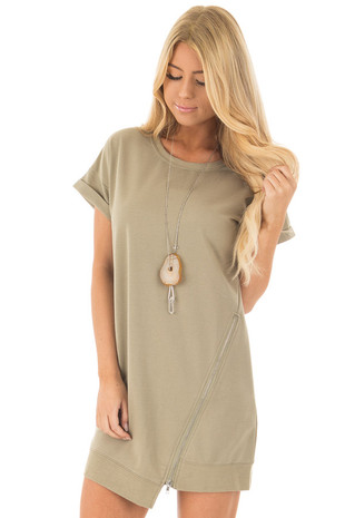 Sage Short Sleeve Tunic Dress with Asymmetrical Zipper front close up