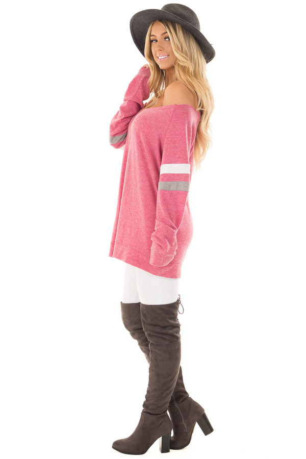 Berry Super Soft Peek A Boo Shoulder Color Block Sleeve Top side full body