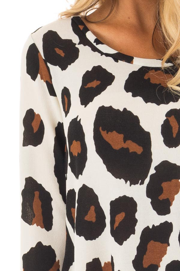 Ivory Leopard Print Top with Pockets detail