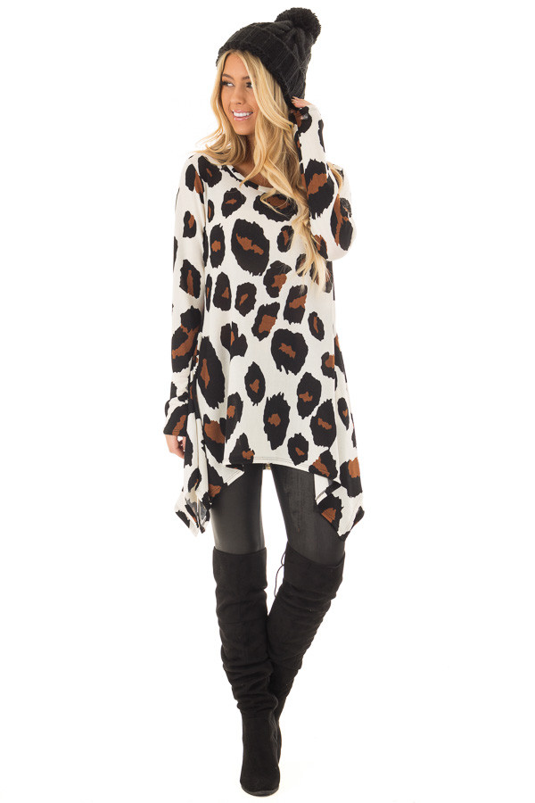 Ivory Leopard Print Top with Pockets front full body