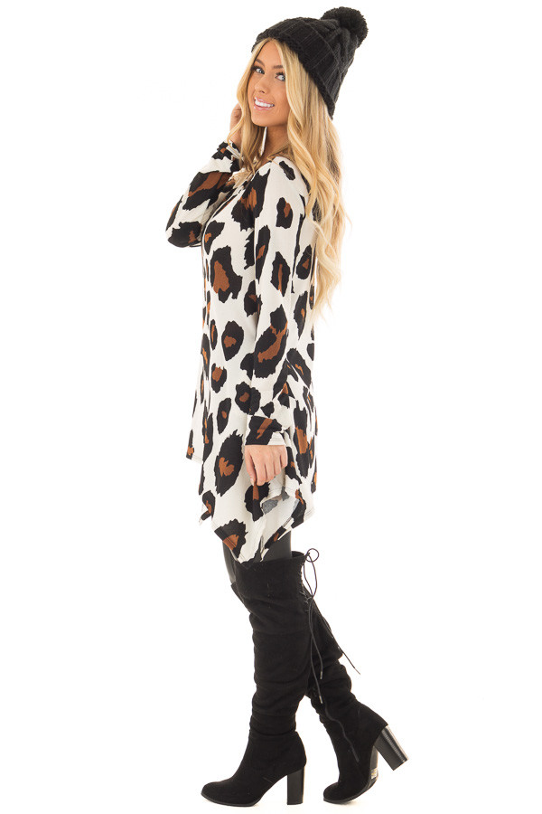 Ivory Leopard Print Top with Pockets side full body