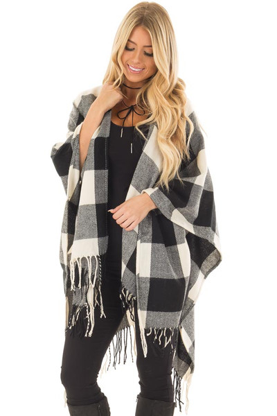 Black and White Plaid Shawl with Fringe Detail front closeup