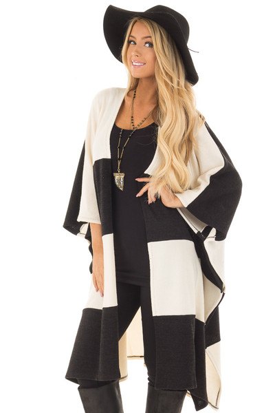 Black and Ivory Color Block Stripe Sweater Kimono front close up