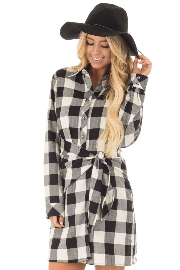 Black and Cream Plaid Dress with Waist Tie front close up