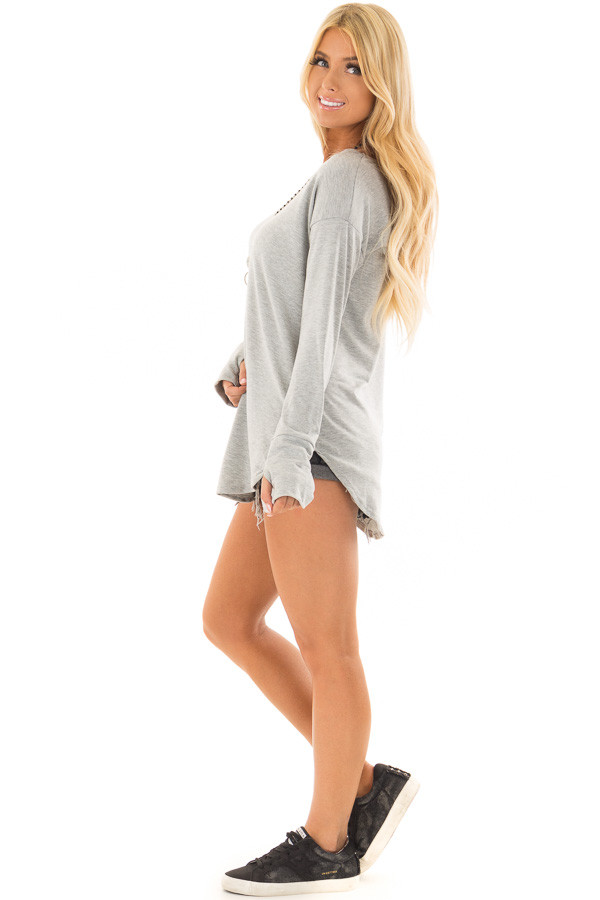 Heather Grey Top with Thumb Holes side full body