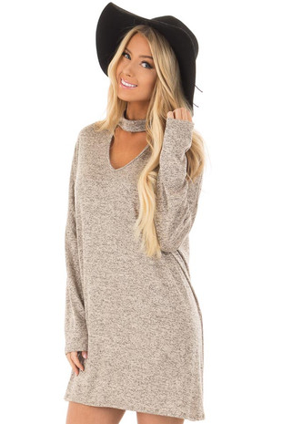 Taupe Two Tone Tunic with Choker Band V Neck front closeup