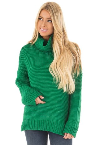 Kelly Green Thick Knit Turtle Neck Sweater front closeup