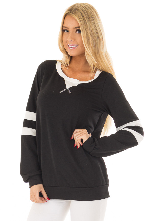 Black Top with Ivory Stripe Contrast front closeup
