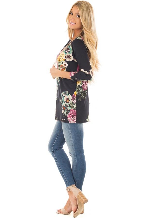 Black Floral Print Top side full body