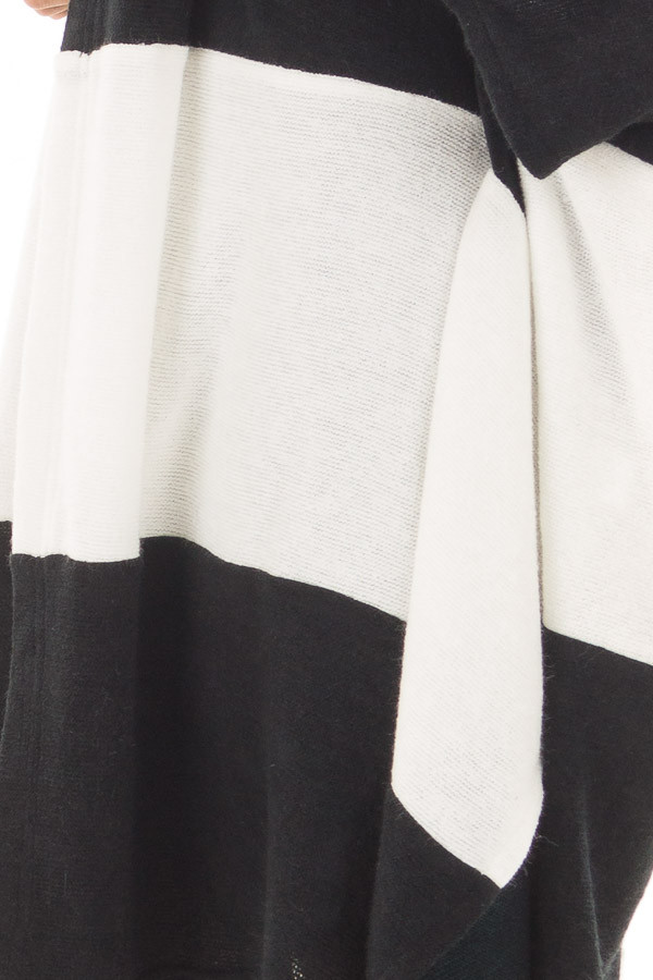 Black and White Striped Long Cardigan detail