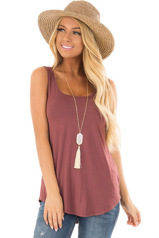 Cinnamon Loose Scoop Neck Tank Top front close up