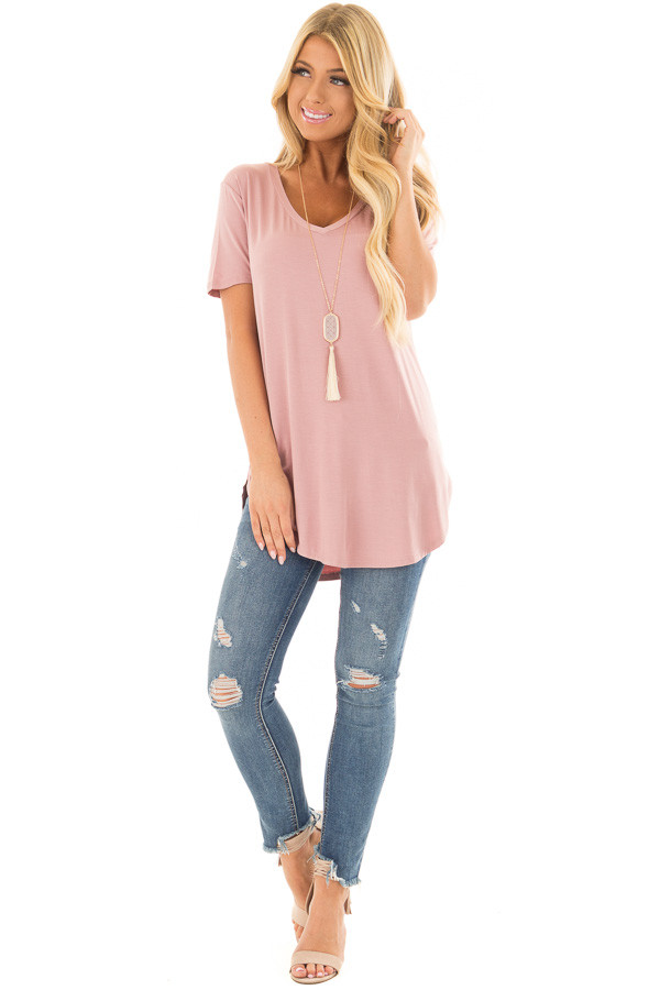 Mauve Loose V Neck Tee front full body