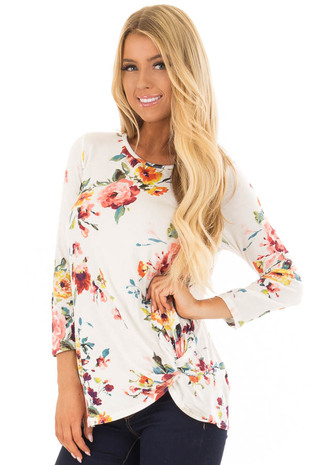 White Floral Print Front Knotted Tunic with 3/4 Sleeves front closeup